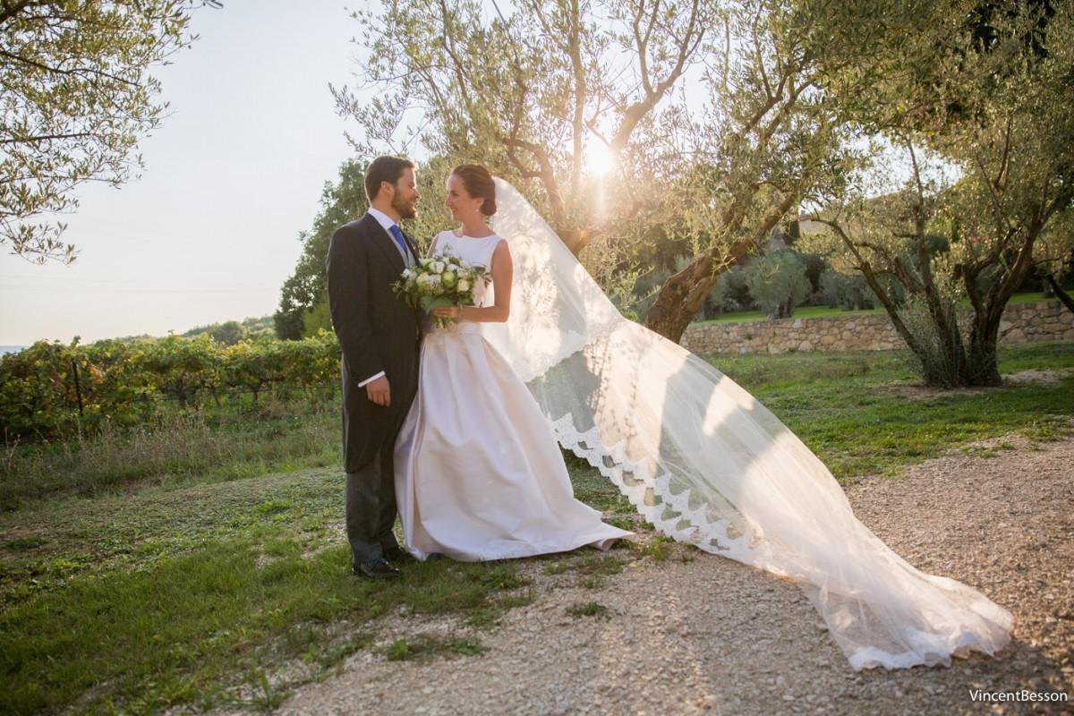 Mariage dans le Luberon au Chateau Val Joanis